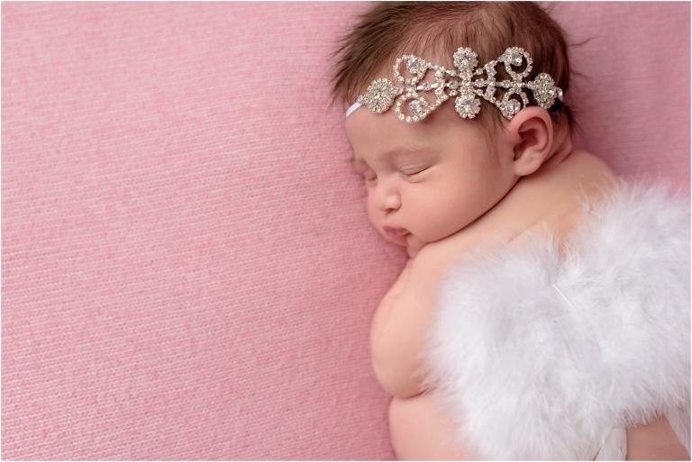 newborn photographer scranton