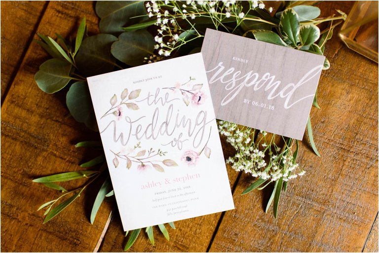 PA barn wedding venue photographer Crystal Satriano photographs wedding details for a rustic wedding